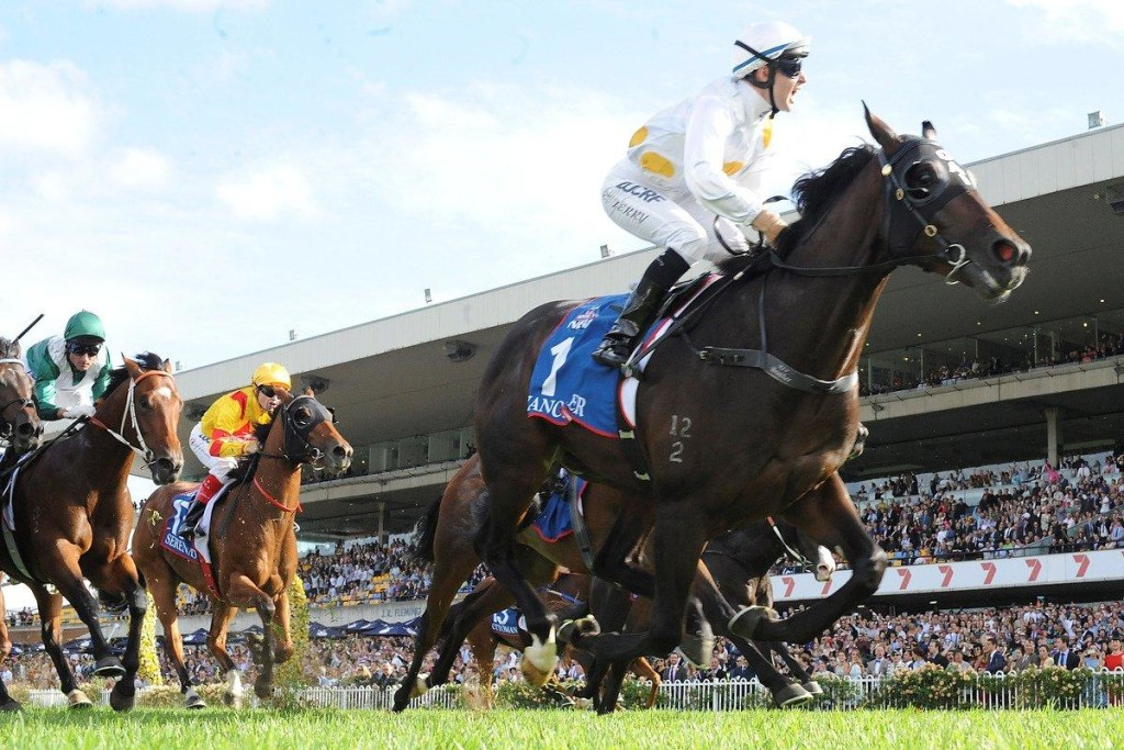 Vancouver-ridden-by-Tommy-Berry-winning-the-2015-Golden-Slipper